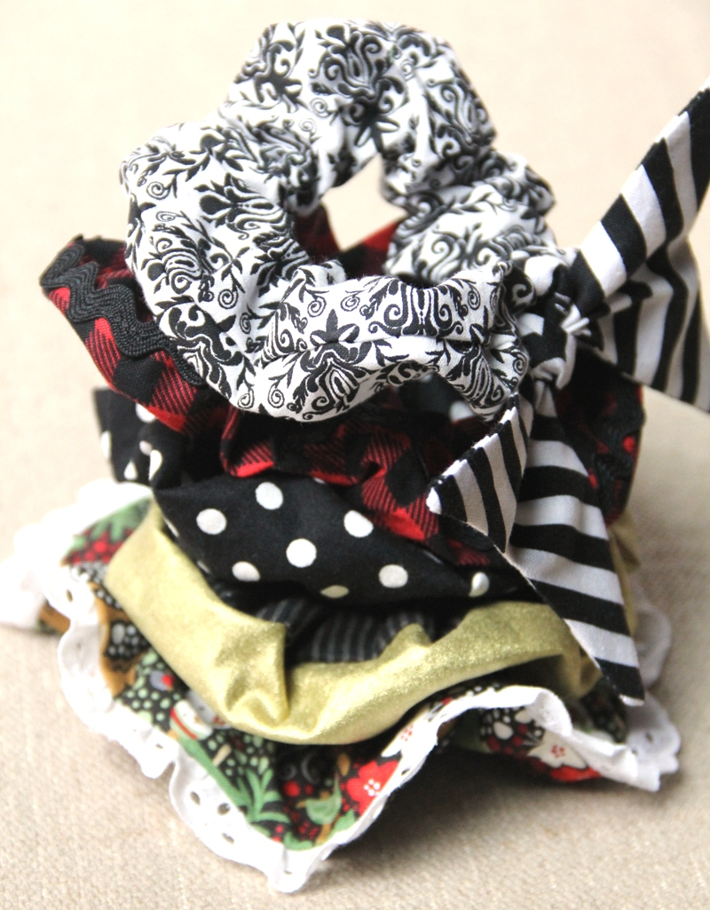 Hair Scrunchies from craftystaci.com