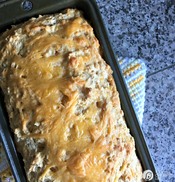Beer Bread with Garlic and Cheese from Today's Creative Life