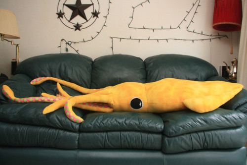 8 Foot Squid Pillow from Build a DIY