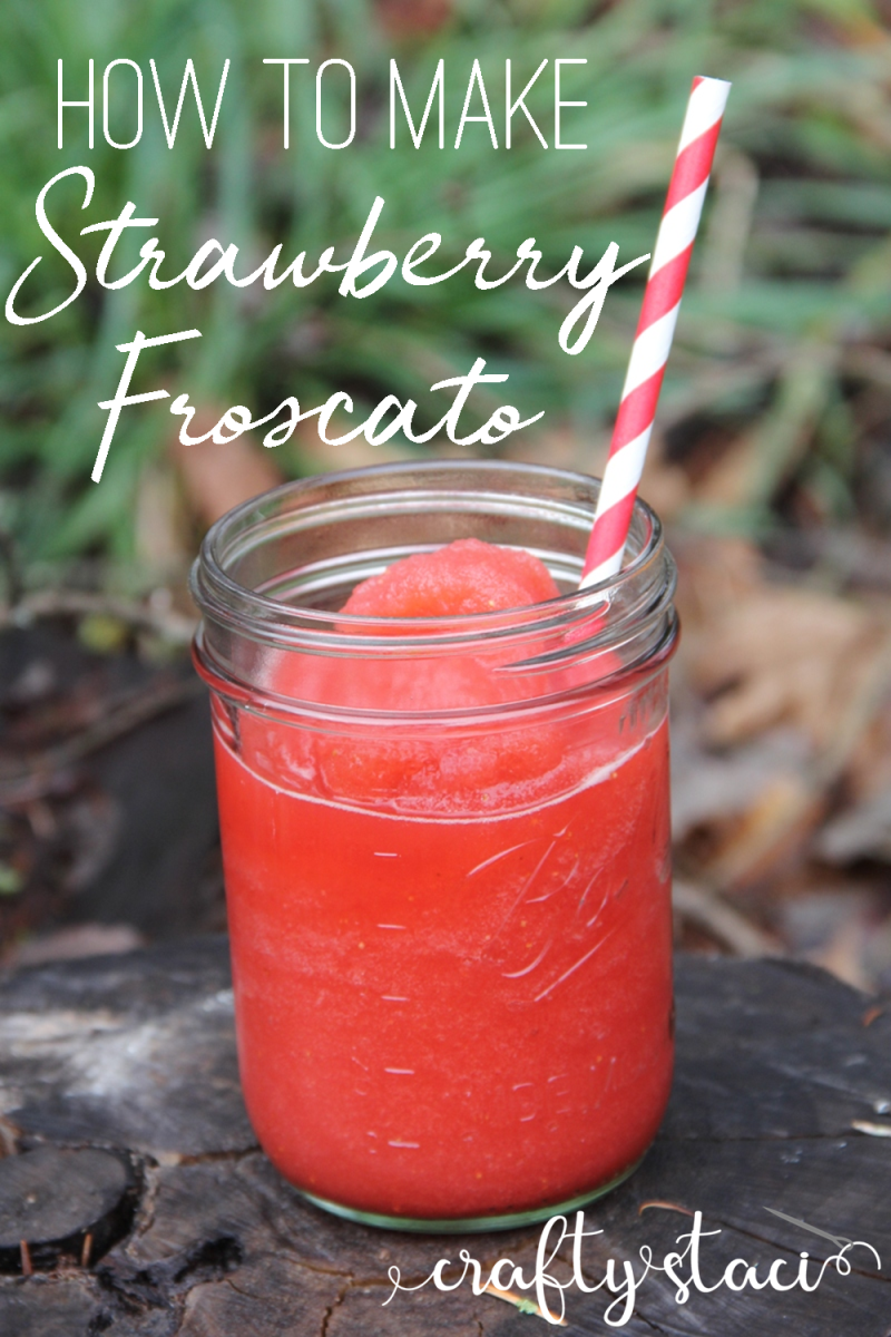 Strawberry Froscato recipe from craftystaci.com #froscato #oregonstrawberries #adultslushies #valentinesdrink