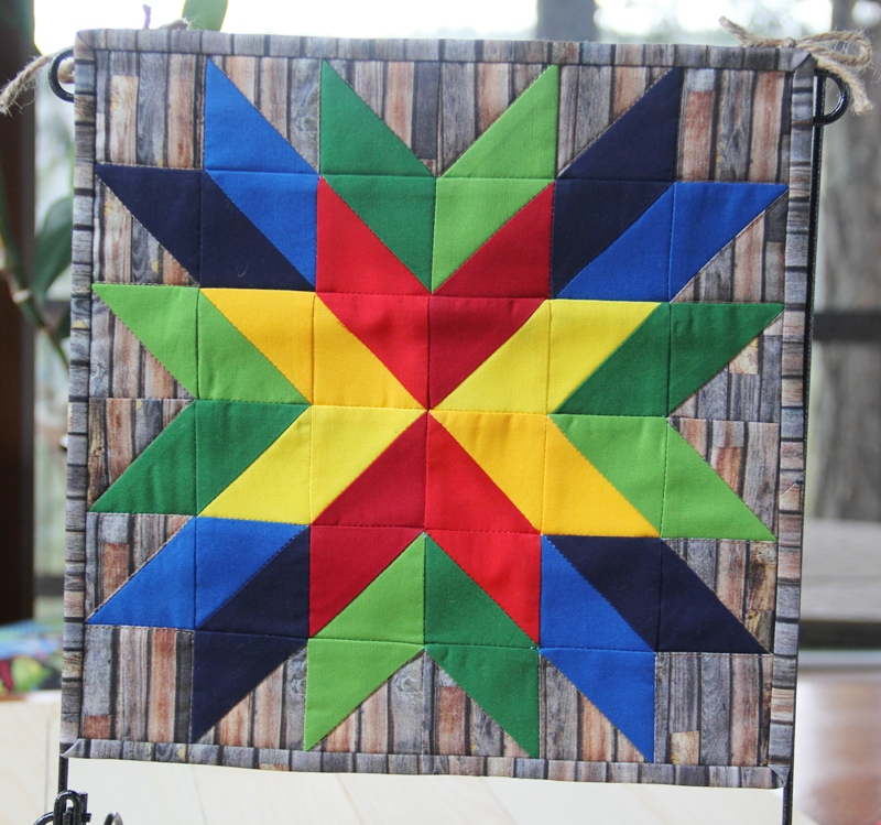Mini Barn Star Quilt from Crafty Staci
