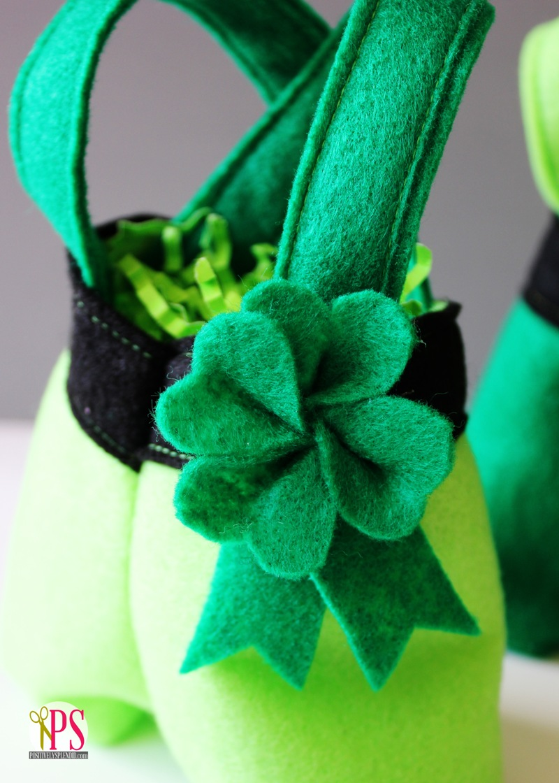 Felt Shamrocks from Positively Splendid