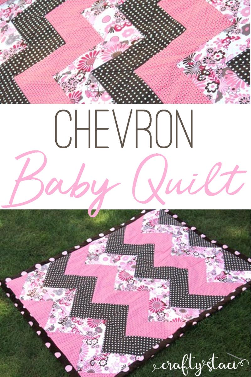 Chevron Baby Quilt from craftystaci.com #babyquilt #quiltpattern #halfsquaretriangles
