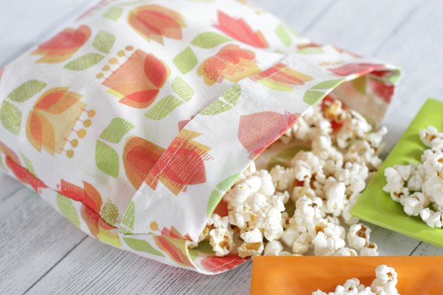 Reusable Microwave Popcorn Bag from The Renegade Seamstress