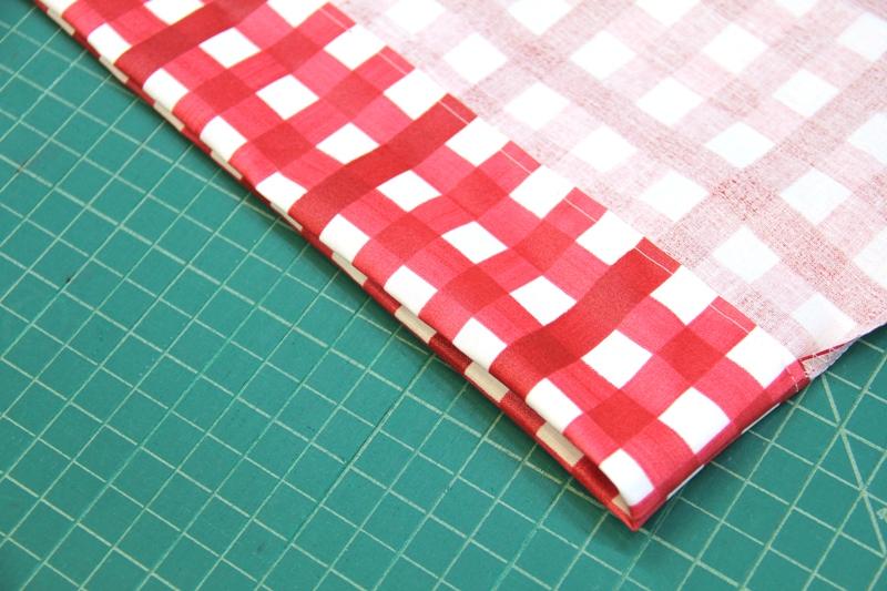 Upper edge of shopping bag sewn on Crafty Staci