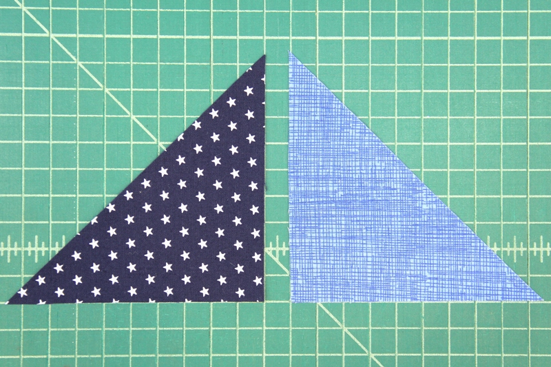 How to match up blue triangles for pinwheel square mini quilt