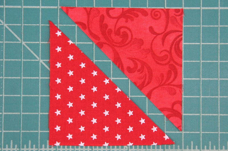 How to match up red triangles for pinwheel square mini quilt