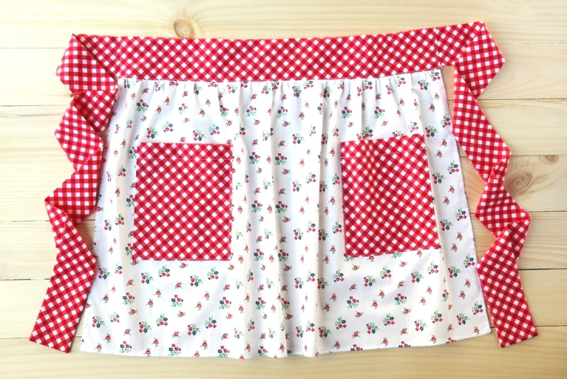 Patch Pocket Apron by Crafty Staci for SewCanShe