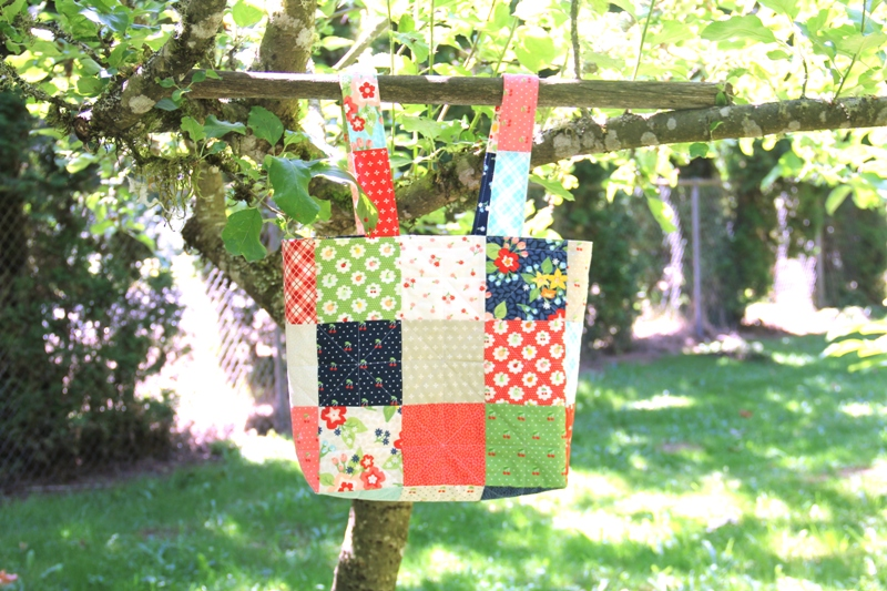 Annie's Market Bag on CraftyStaci.com