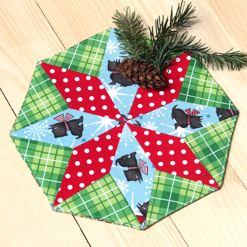 来自Crafty Staci的Holiday Mini Mat