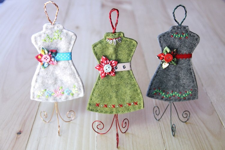 Free pattern: Felt dress form ornament