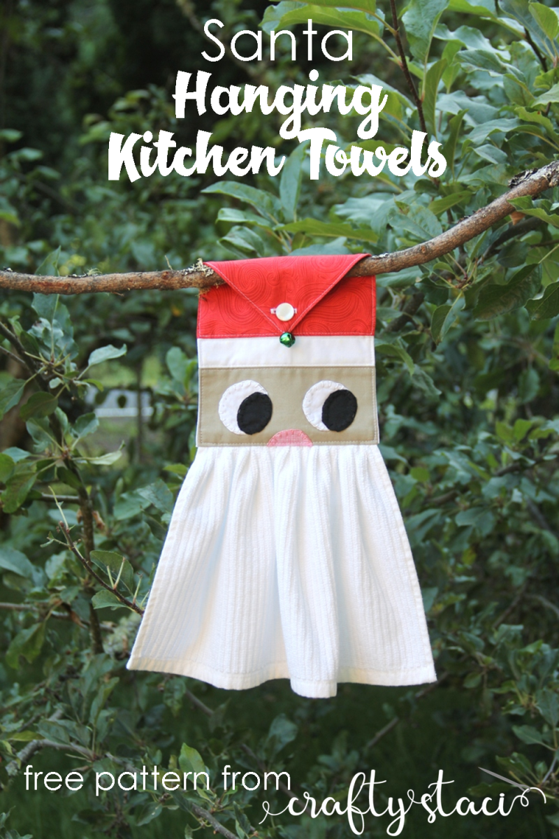 Santa Hanging Christmas Towel from Crafty Staci #sewingforthekitchen #christmassewing #santacrafts #christmasinjuly