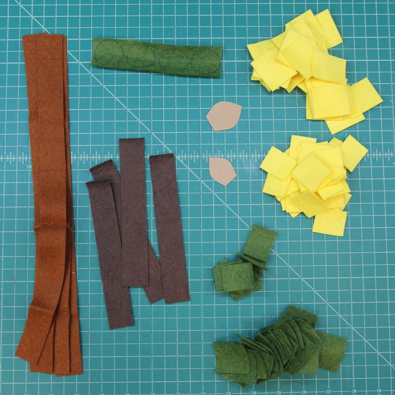 Supplies for felt sunflower