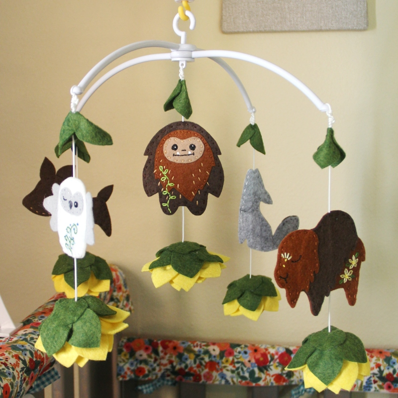 Forest animals and sunflowers crib mobile