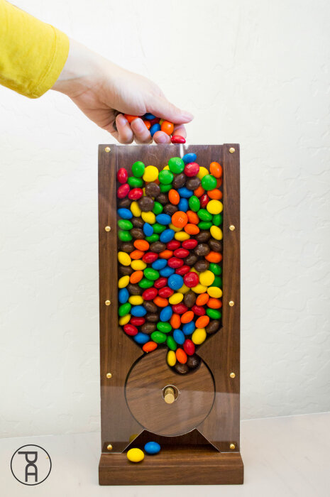 Wood Candy Machine from Pneumatic Addict