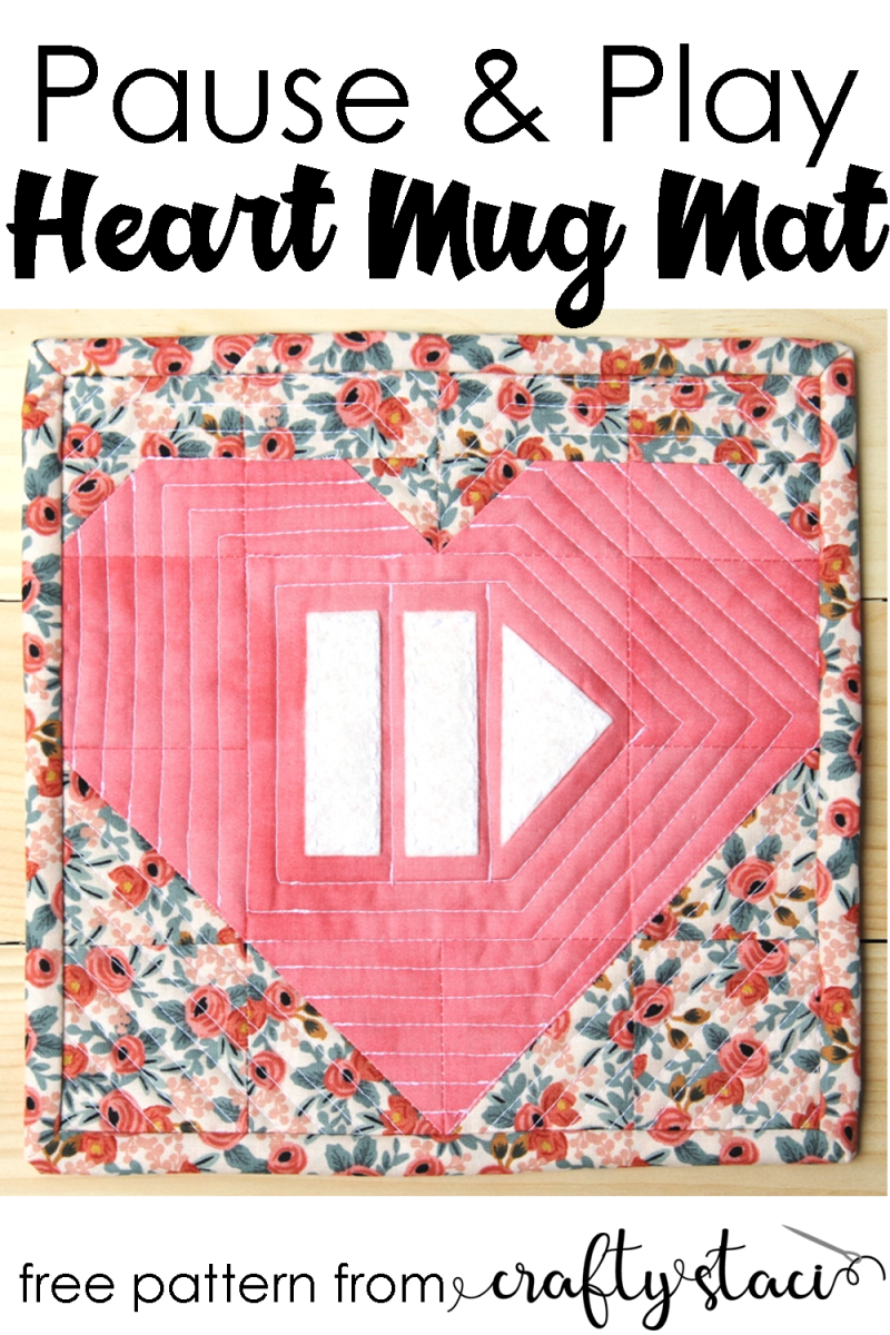 从Crafty Staci #mugmat #mugrug #heartquilt #miniquilt暂停并玩心杯垫