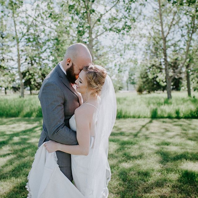 Another beautiful wedding of two beautiful people is up on the blog! Link in profile ✨ #zealousforellis  Florals: Costco Catering: Manna Catering Ceremony + Reception Venue: Scarboro Community Centre Table Greenery: @amborella DJ: Paul Worth Hairstylist: @keyairahh Makeup: @ml_artistry Bridal Gown: Enzoani Bridal Boutique: @durandbridal Officiant: Matt Moore
