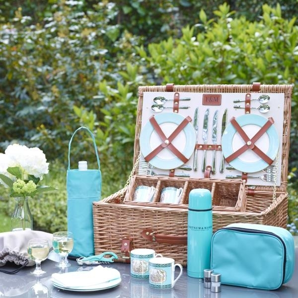 St James's Picnic Hamper