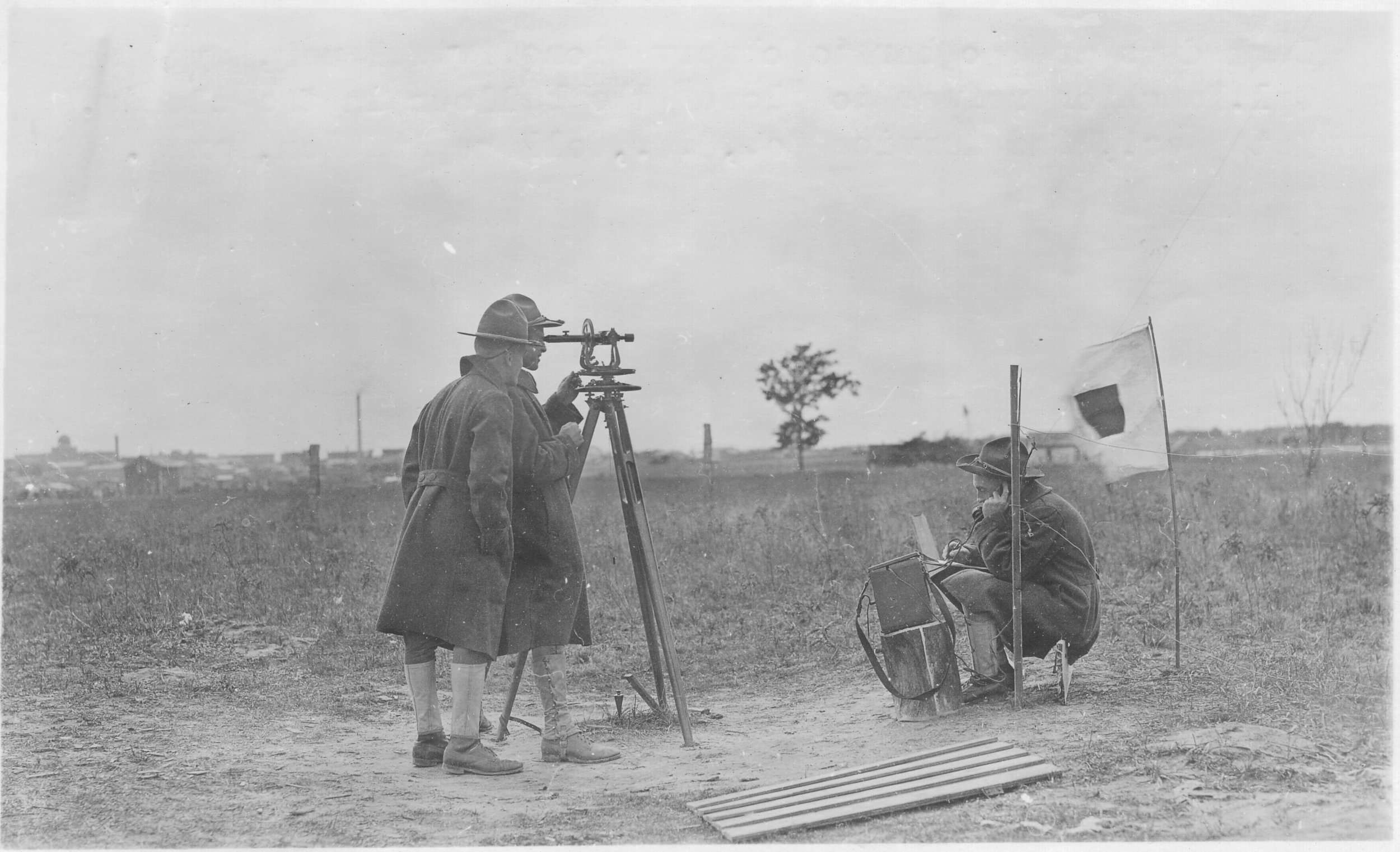 Privates Bauer and Keyte prepare to use a theodolite to track a weather balloon.Photo by A.W. Atkinson,US Army Signal Corps.Courtesy of the US Army Heritage and Education Center, Carlisle, PA.