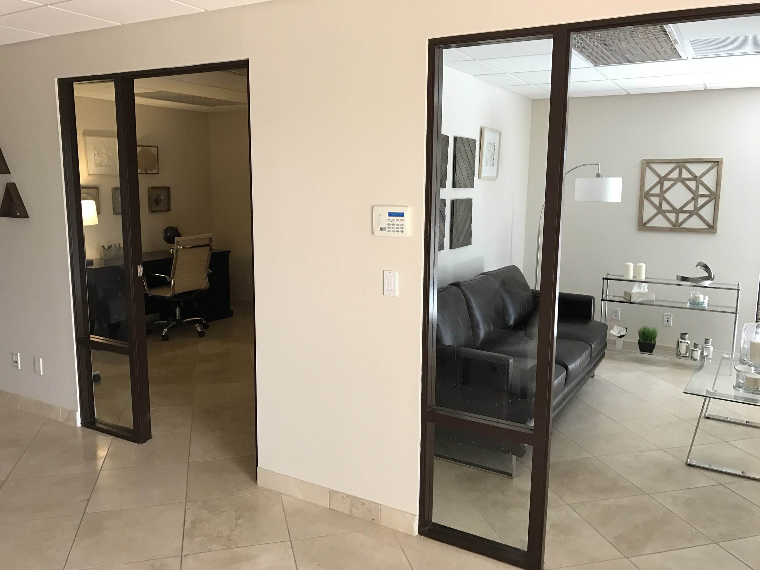 Tucson psychiatrist office external view of office and private seating area