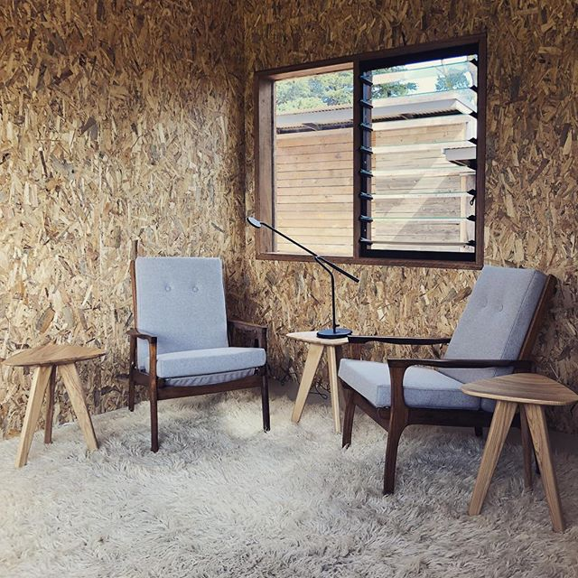 seating area @lifeatspringfield - furniture by @case22design #southernhighlands #prefabhouse #modularhome #retreataccommodation