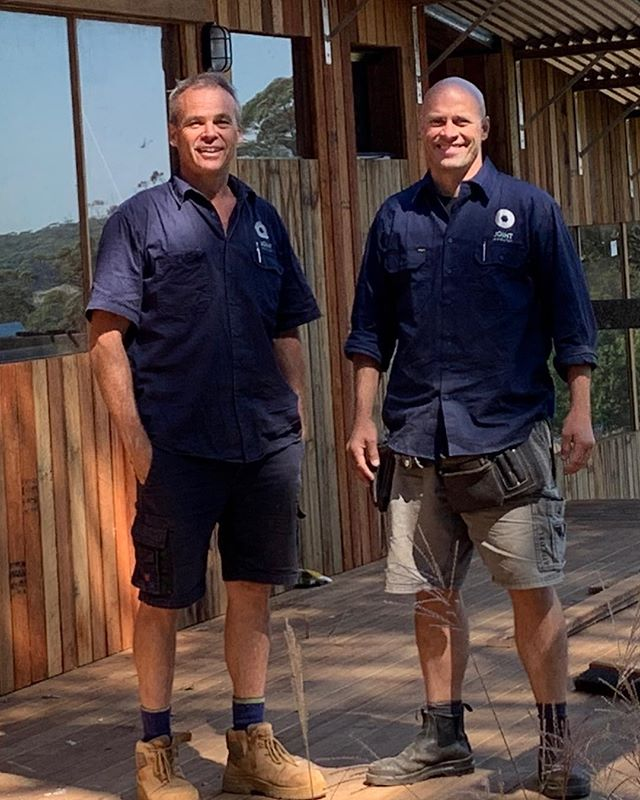 Brent Dunn ( Architect) Matt Park ( Builder) Handover Smiles for Guest Accommodation #tinyhouse #prefabhouse #modularhome @good_with_wood @studiotakt #southernhighlands