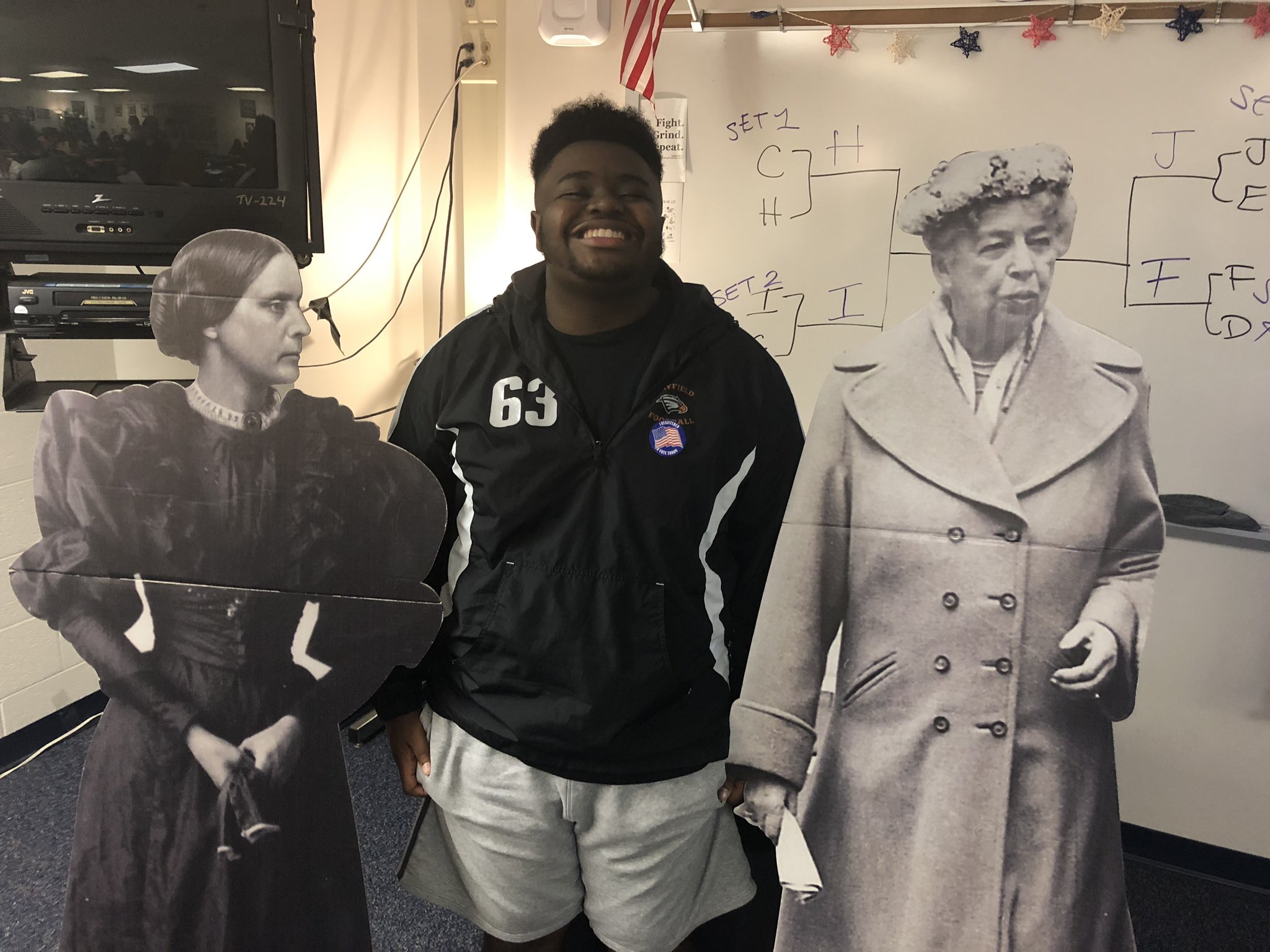 2019 Hayfield student with Eleanor and Susan B Anthony.jpg