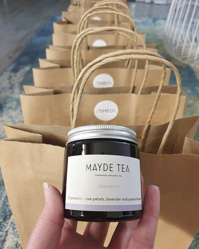 Sneek peek at the gift bags for our Brisbane Home Tour next Sunday! Included is a small jar of the beautiful 'Serenity' tea from @maydetea 😍 We still have a few tickets left if you'd like to join in the fun!