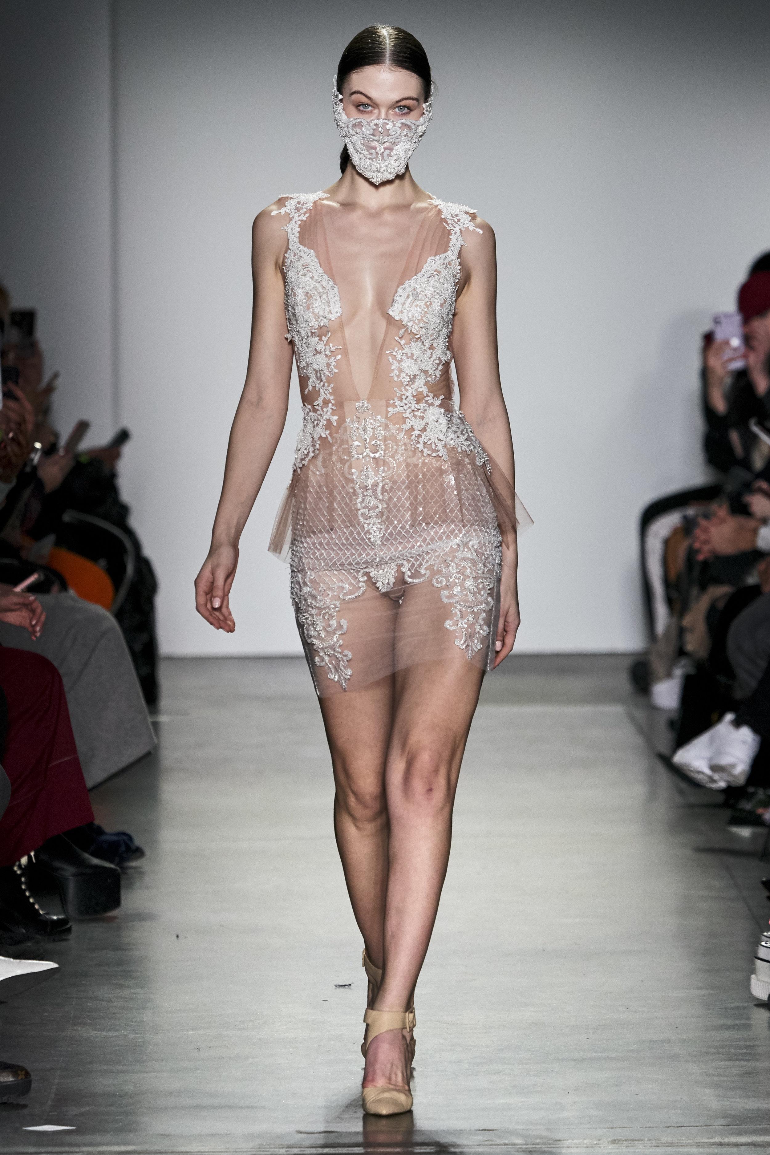 Pheren Couture RF19 1096.jpg