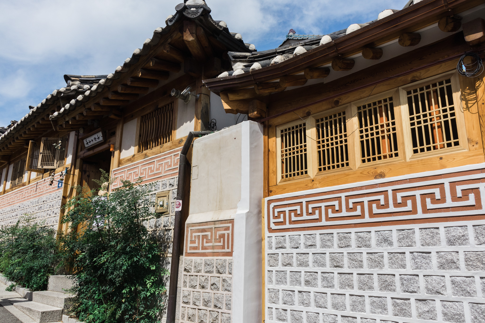 Bukchon Hanok Village3.jpg