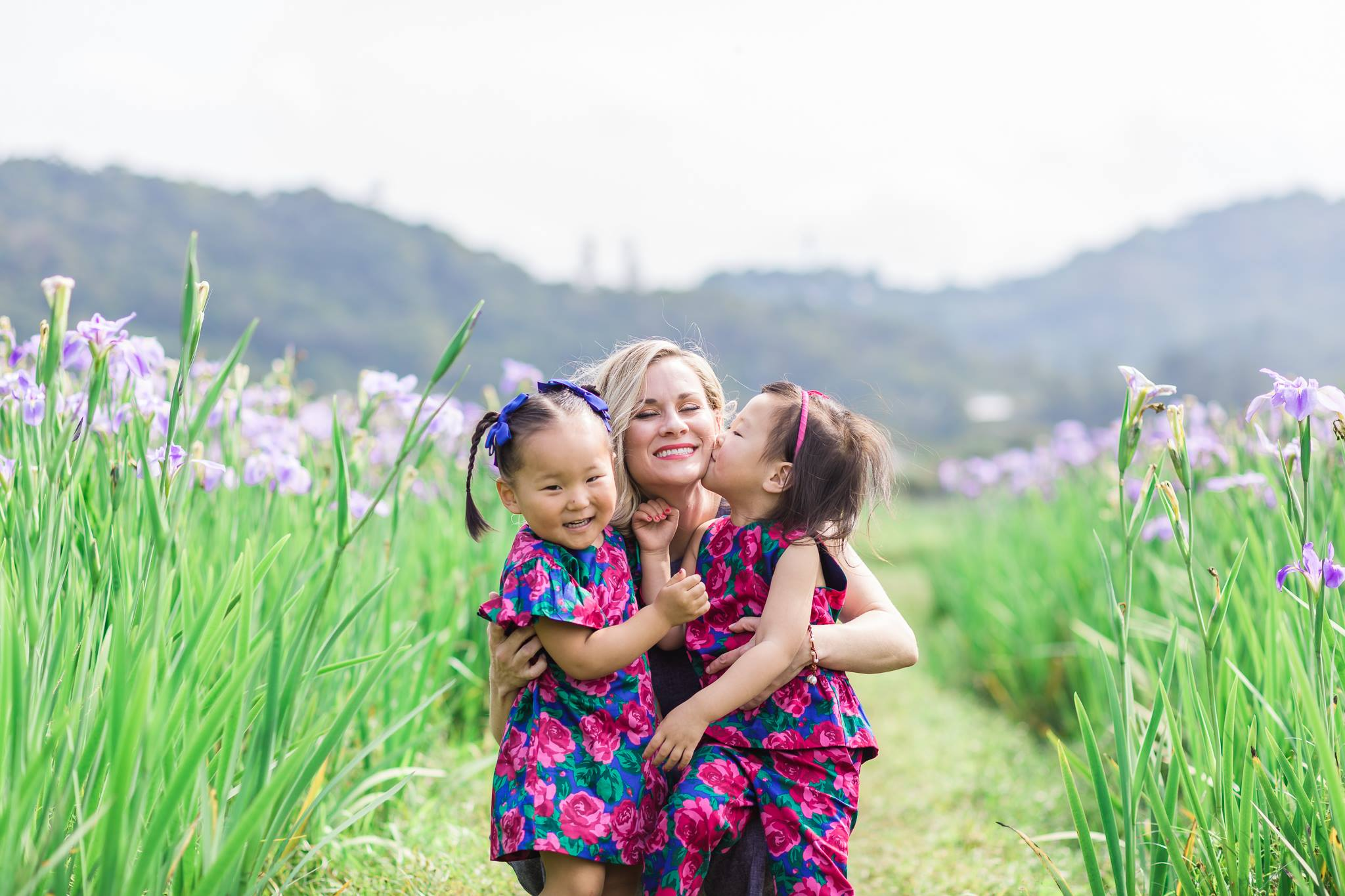Okinawa iris field mommy and me4.jpg