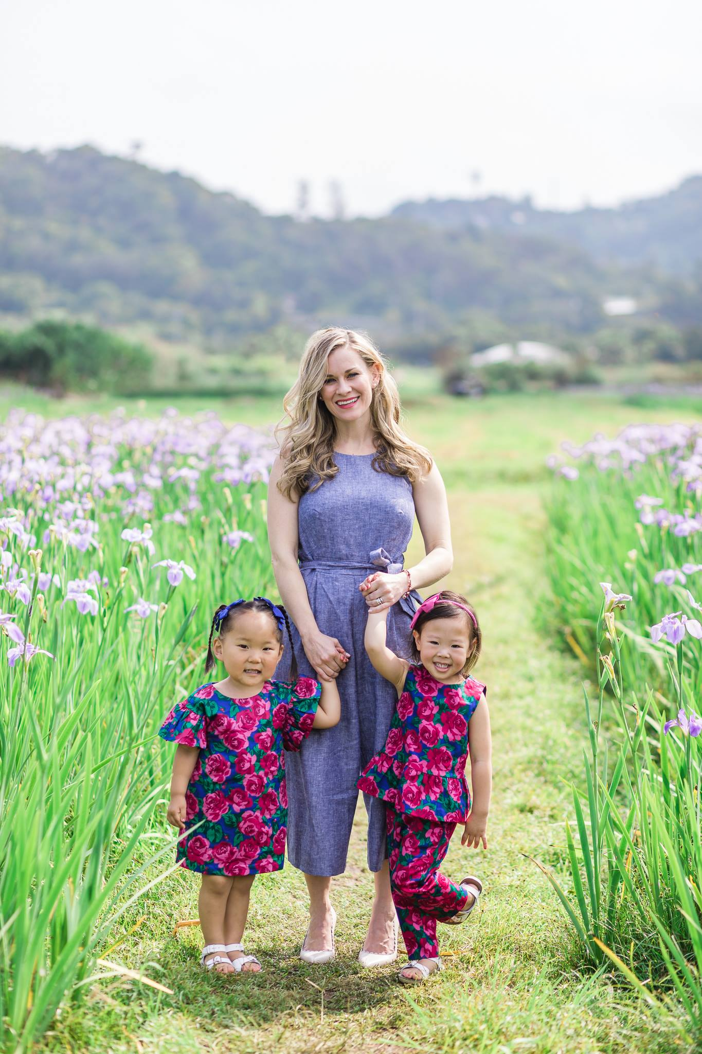 Okinawa iris field mommy and me7.jpg