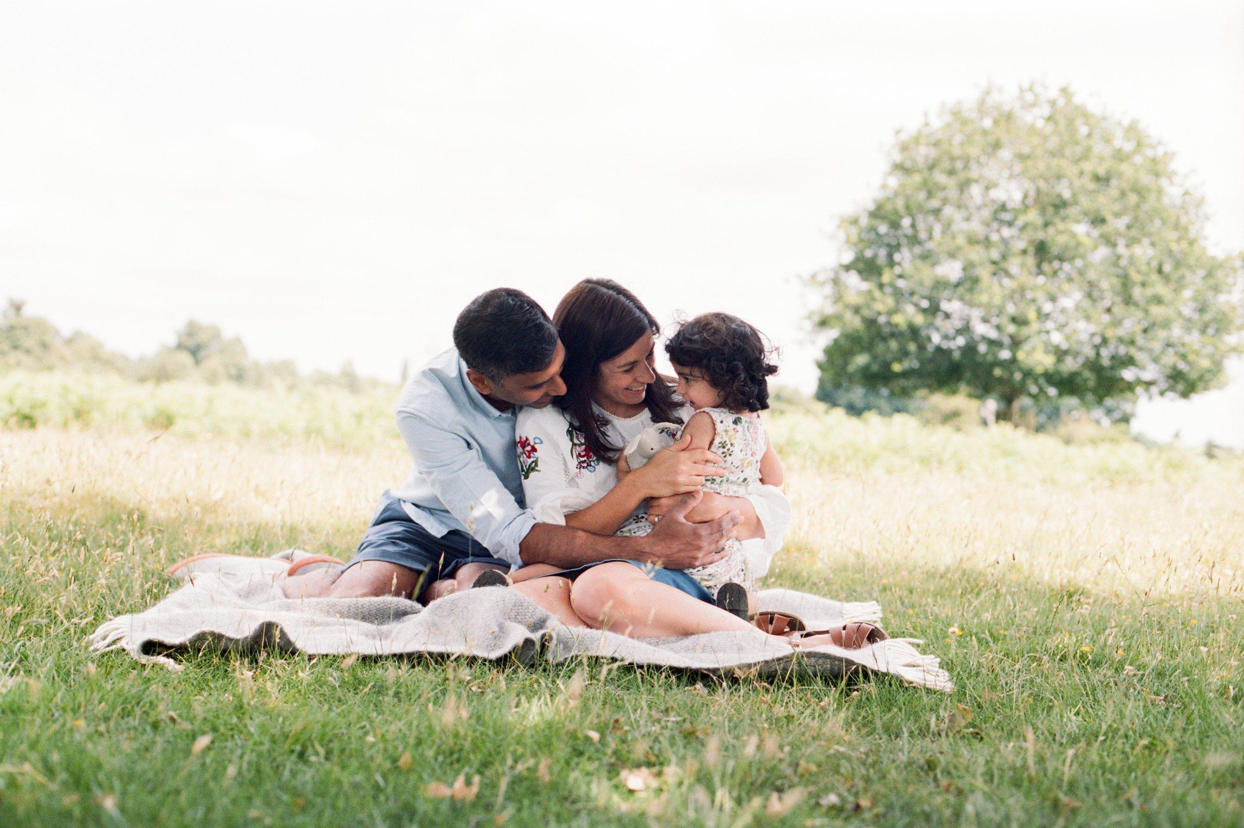 Clare Murthy Family-80.jpg