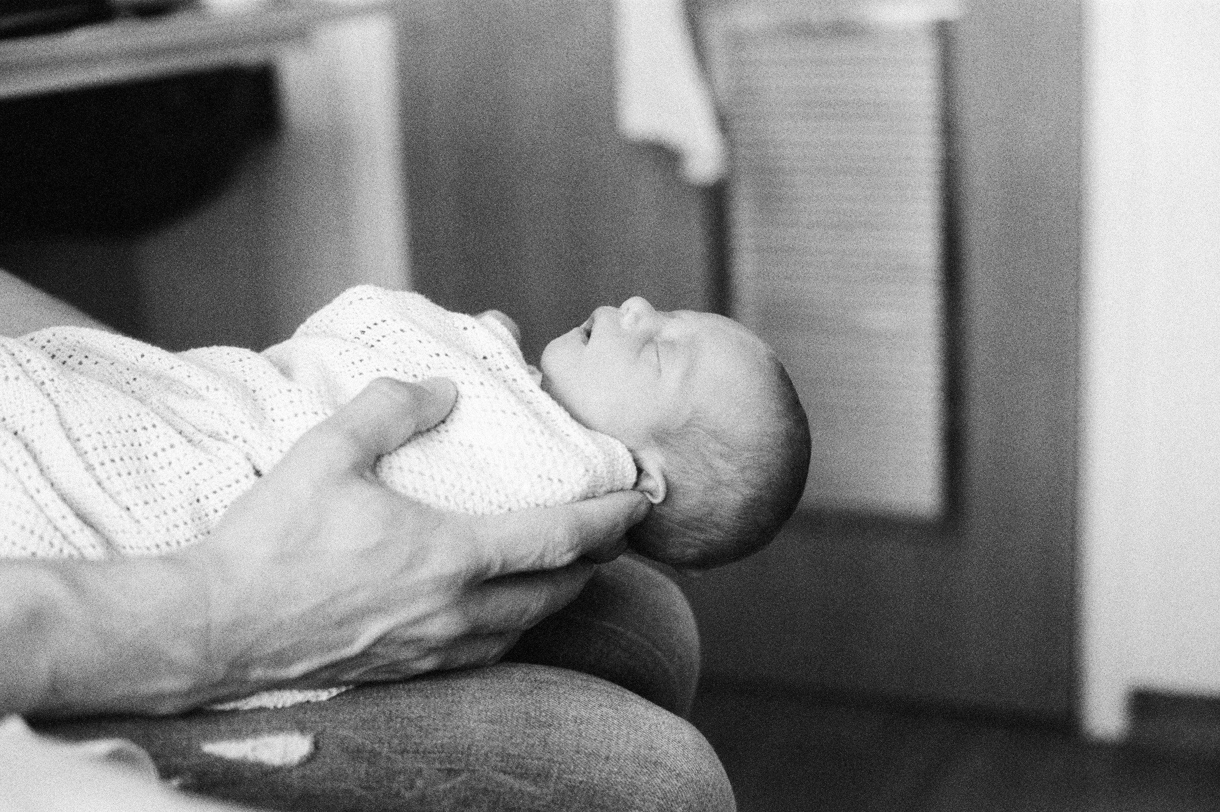 EmilyWPhotography_natural_light_baby_photographer_guildford_surrey_london_04.jpeg