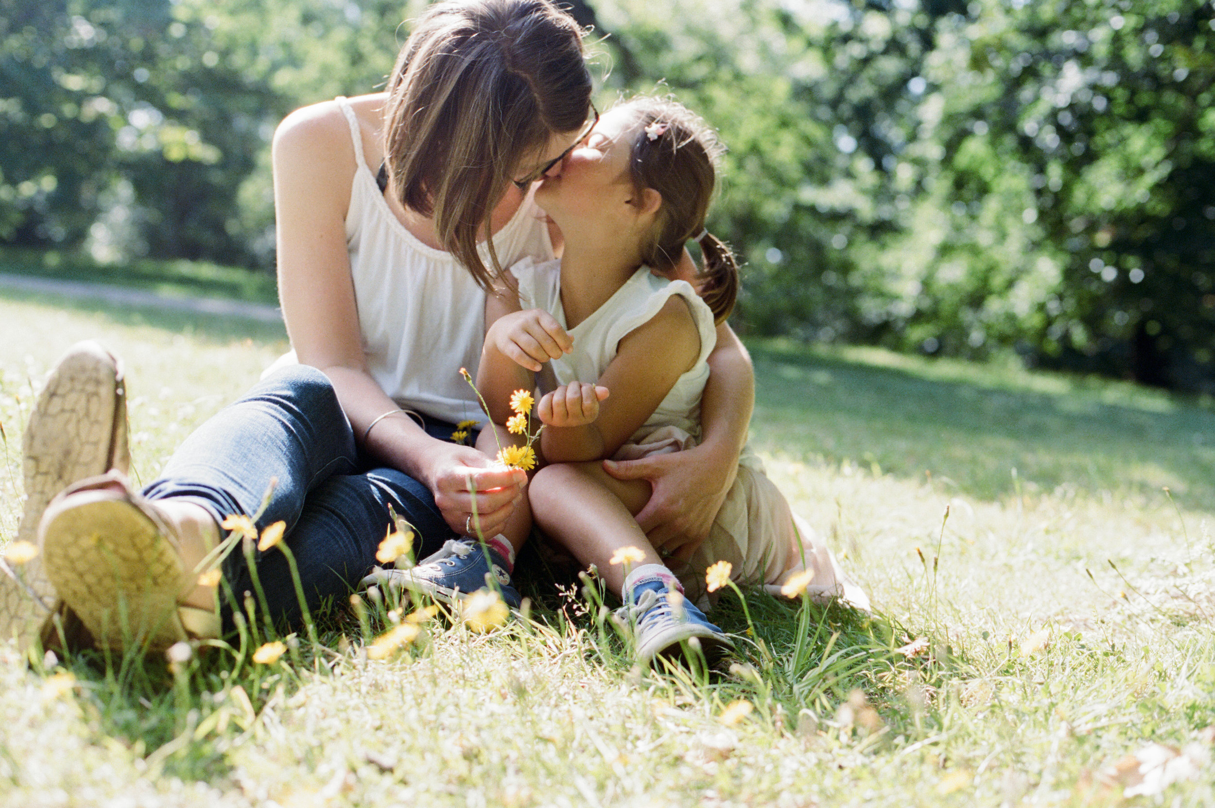 london_surrey_guildford_family_photographer_natural_light_emilywphotography.10.jpg