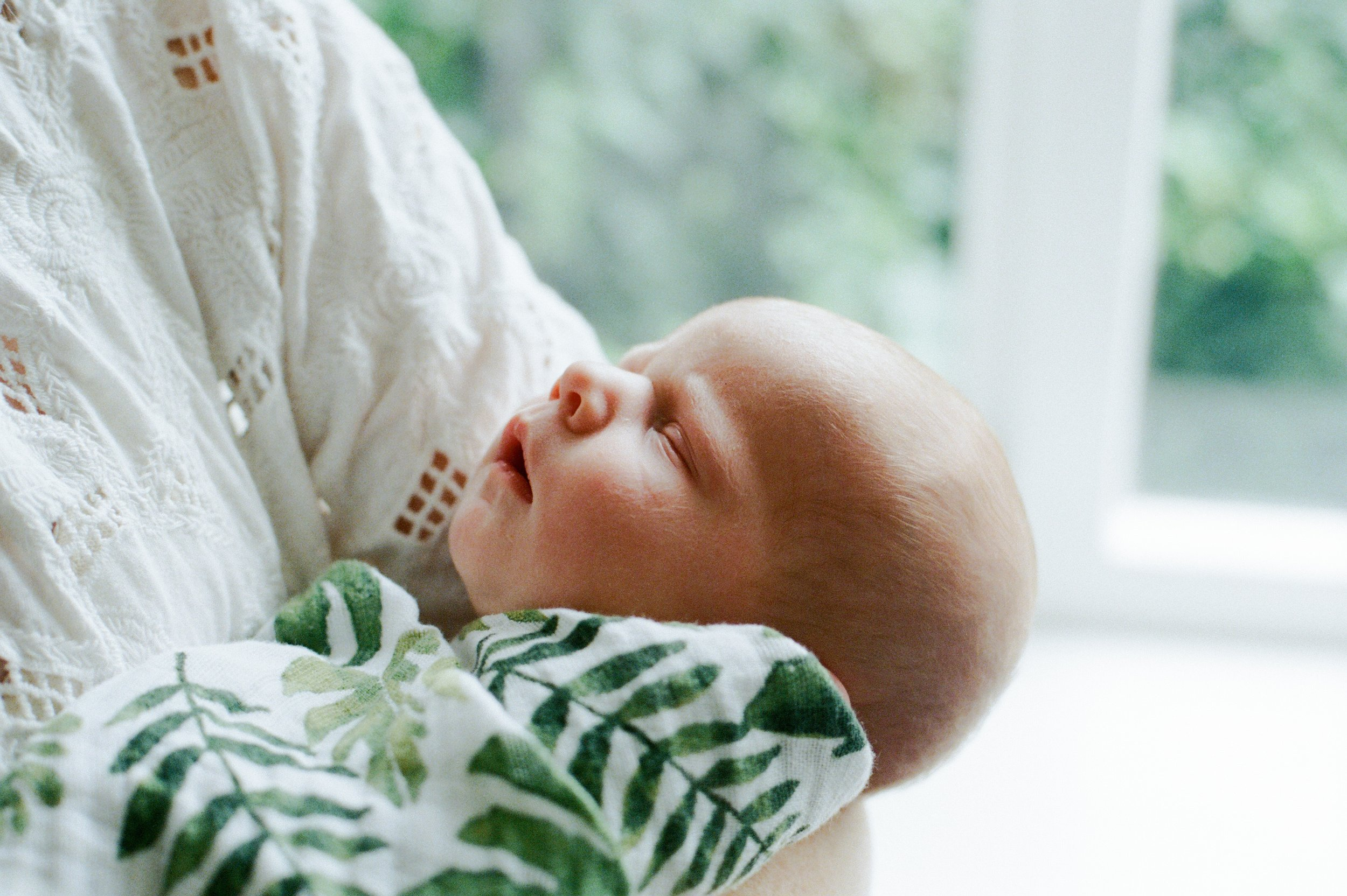 london_natural_light_baby_photographer_1.jpg