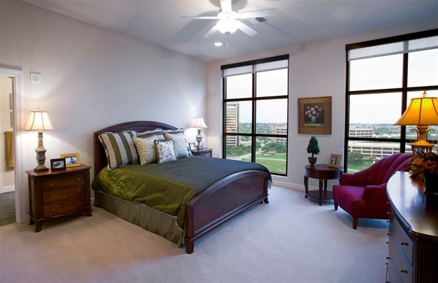Unit 1620 Master Bedroom.jpg