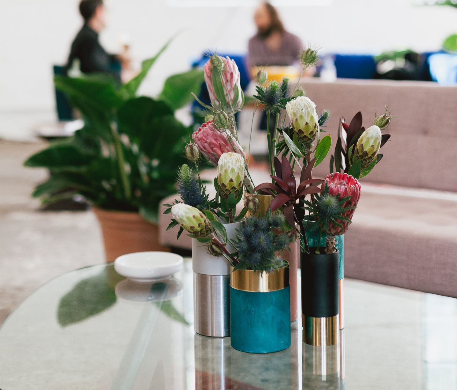 Event Planning:  FvF  / Location:  Zwei Drei Raum  / Photography:  Daniel Far  / Interior Design & Styling:  Wishbone