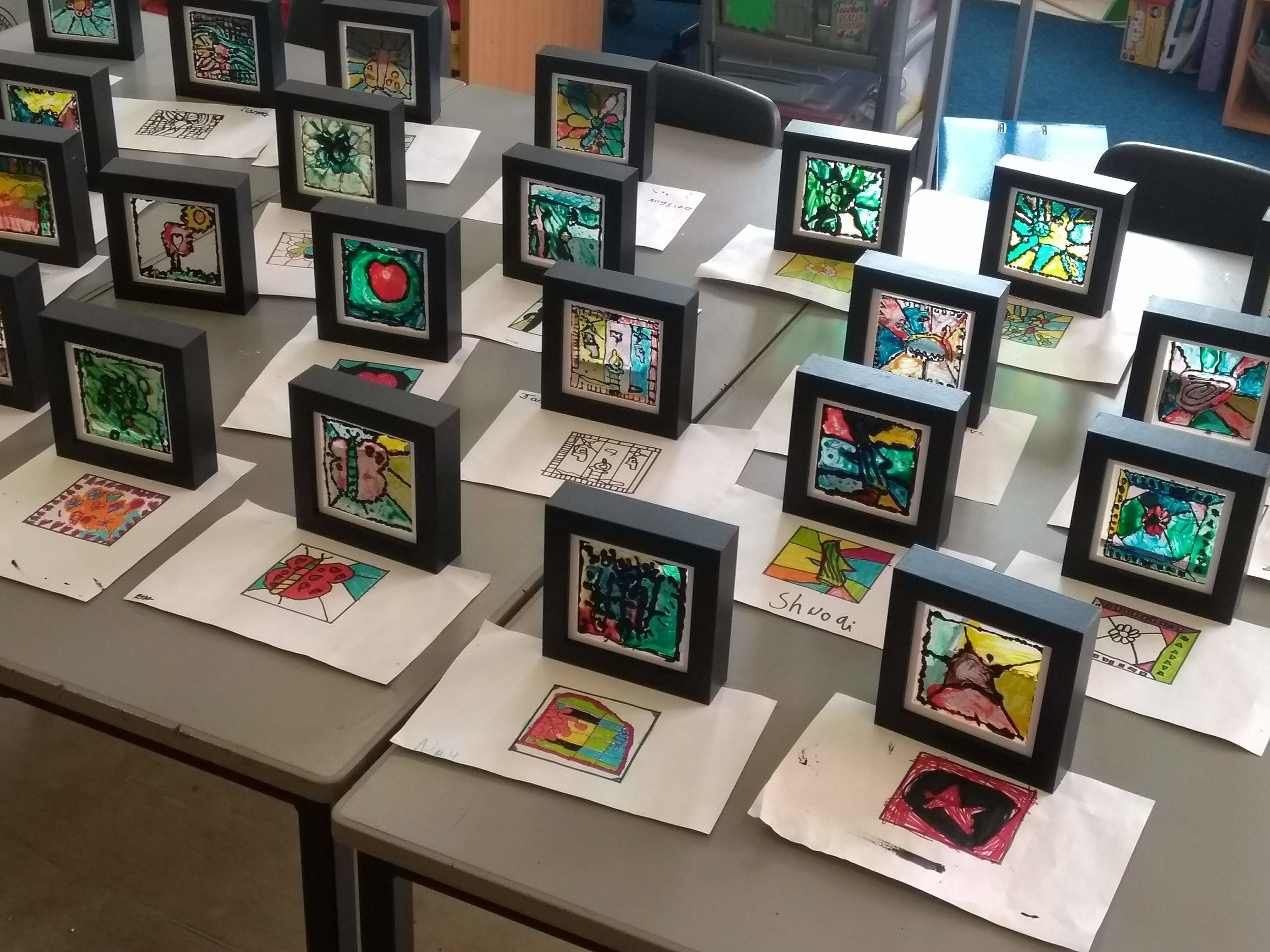 SCHOOL VISIT TO WHITEHAVEN - In October 2018, the Y3s at Jericho Primary school in Whitehaven had a chance to make their very own small panel of painted glass. The children were learning all about light, and what is it like to work in a traditional craft on old buildings.