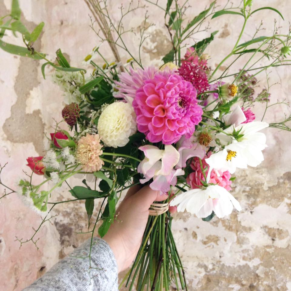 Common Farm flowers arrangement