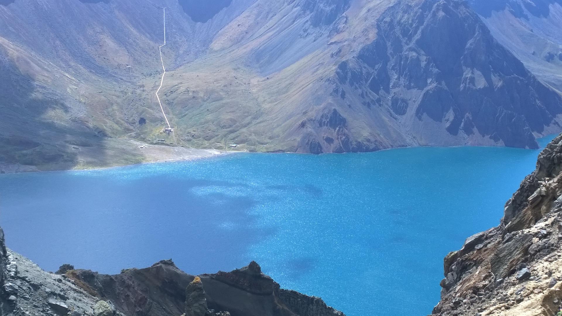 changbai-mountain-t-lake.jpg
