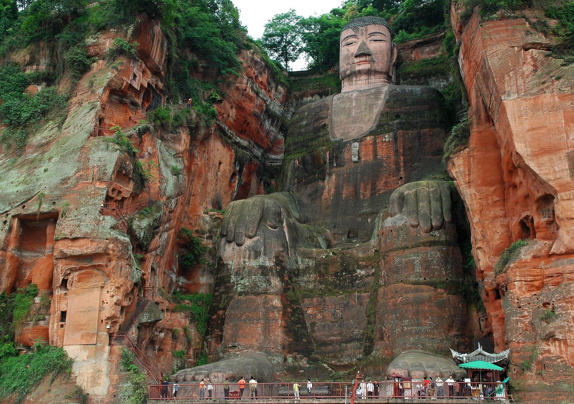 buddha-leshan.jpg
