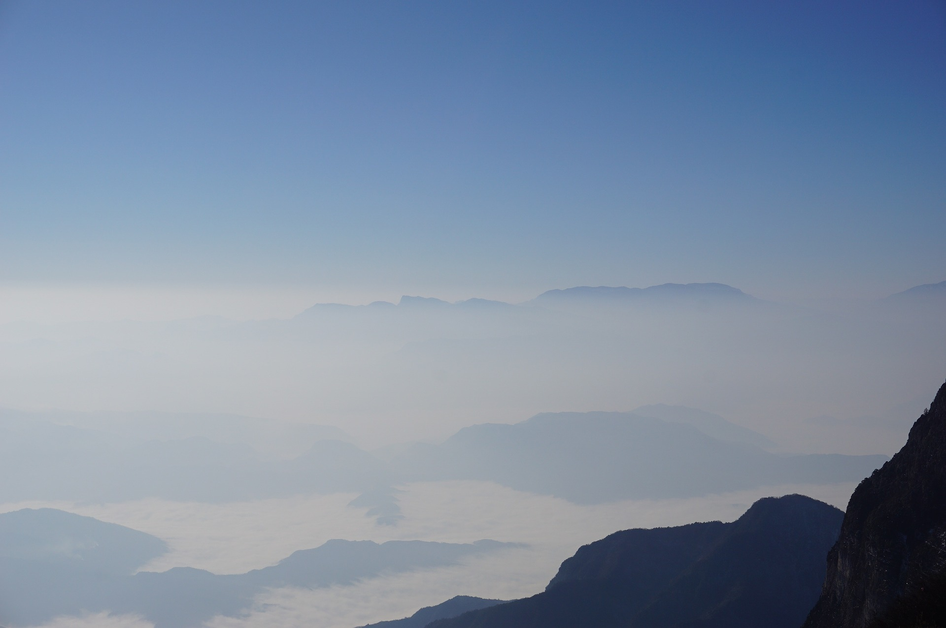 emei-mountain.jpg