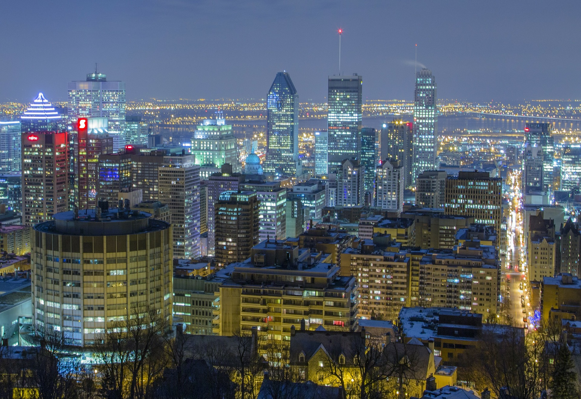 montreal-night.jpg