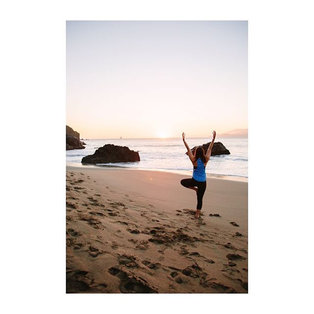 Hey San Francisco Yogis! This month I am offering yoga portrait sessions. It's the perfect time of year to update that website, have new content for your Instagram feed, and take photos for flyers featuring workshops or retreats for your practice or studio. Booking and contact information can be found in my profile if you are interested! #yoga #sanfranciscoyoga #sfyogateachers