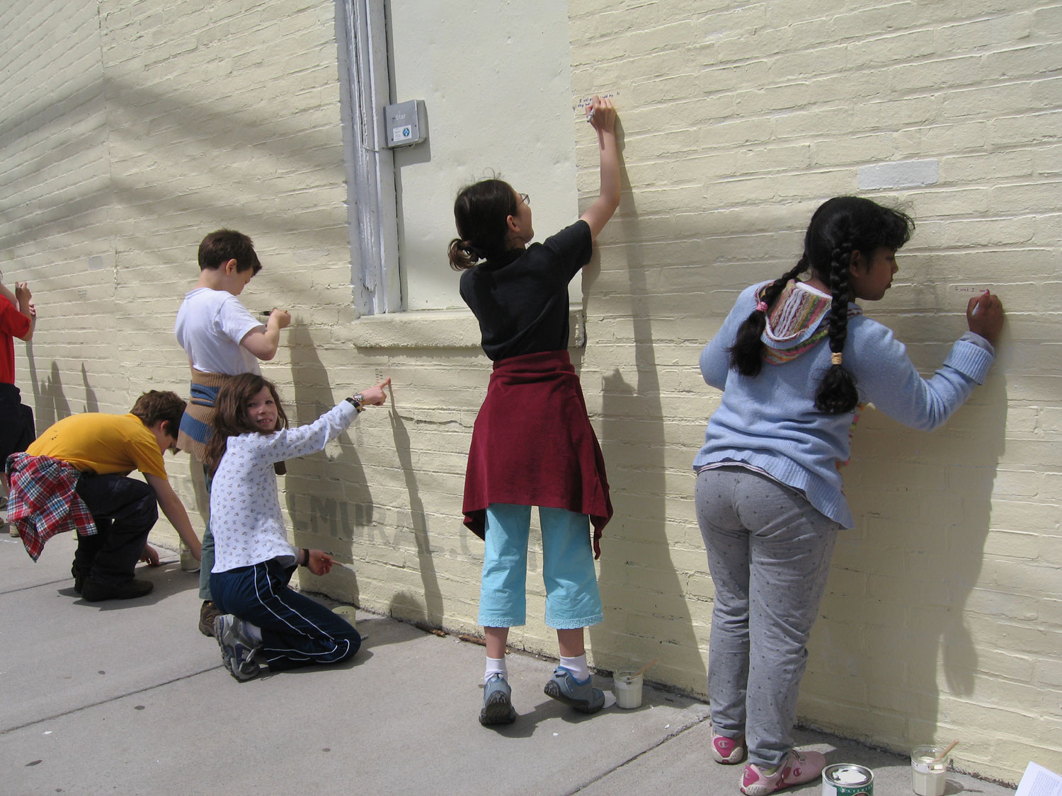 Graham & Parks Alternative Public School Class Making the Wish Wall Mural