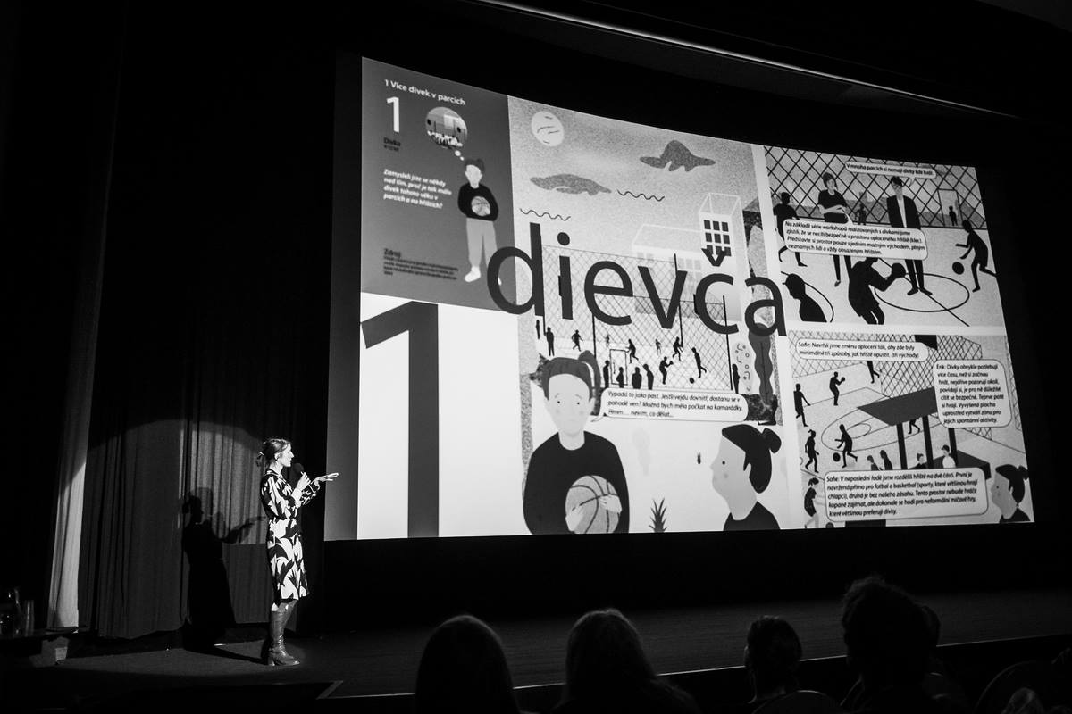 Presenting the publication How to design a Fair shared city, Pecha Kucha, Hradec Kralove
