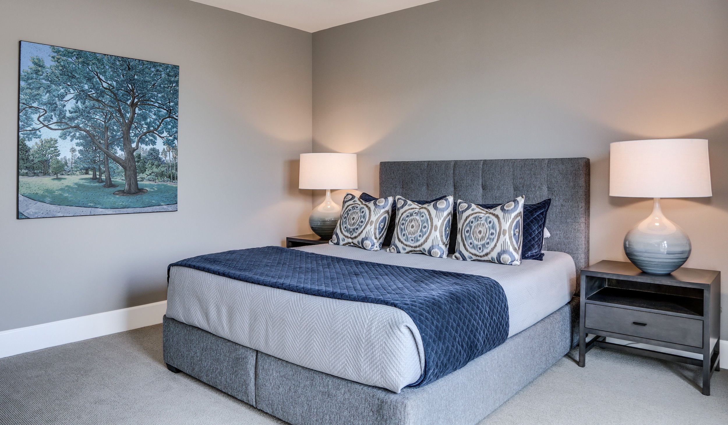 Palm Springs Contemporary Guest Bedroom