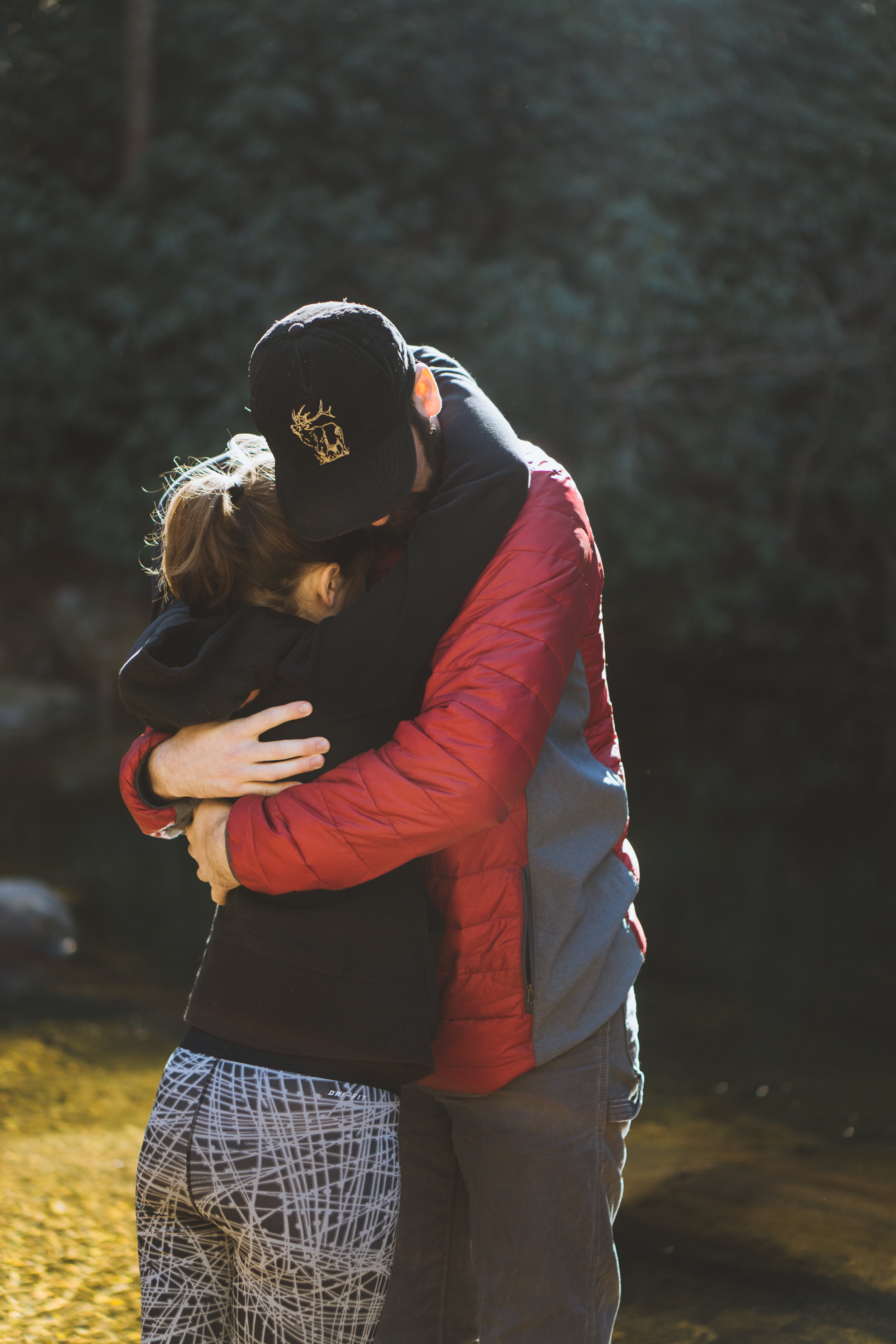 Hugs 'n Love featuring Joe (@jrigdon) and Kelsey (@kelseyomanion)