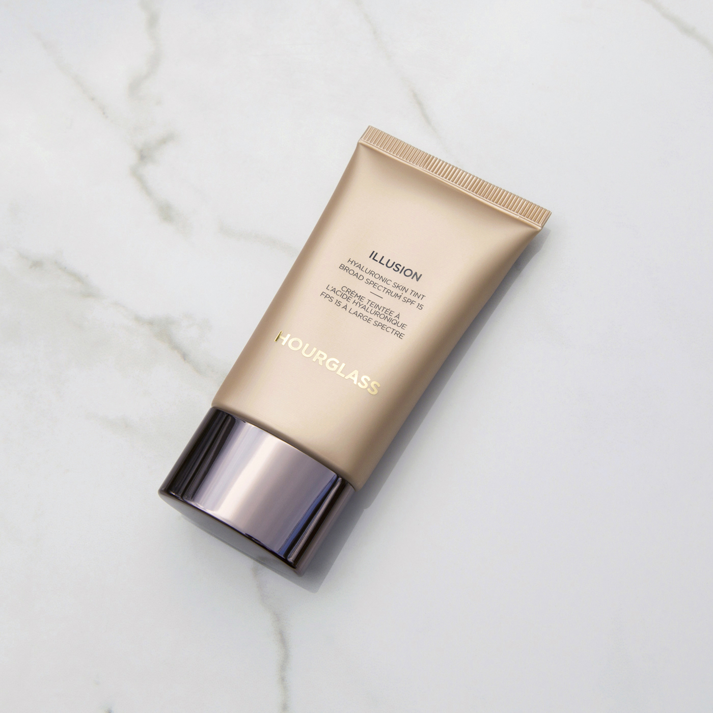 Hourglass Illusion Hyaluronic Skin Tint in Shell